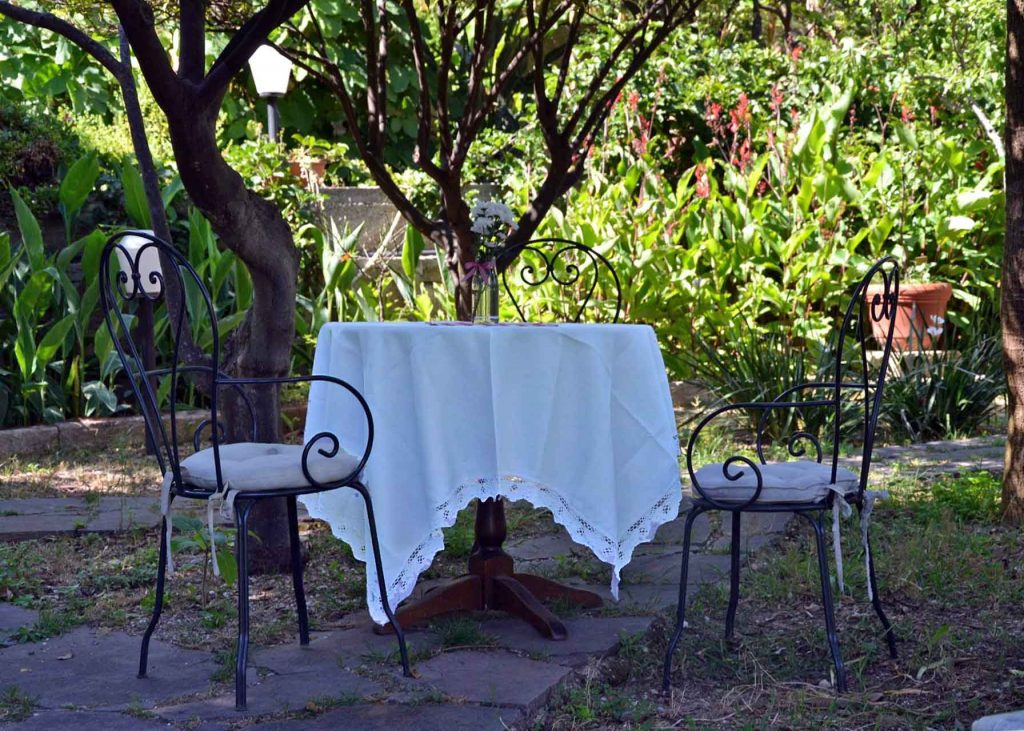 tavolino-agrumeto-bianco