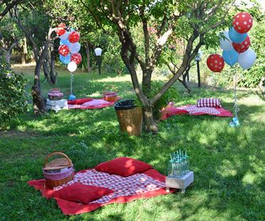 agrumeto-picnic-compleanno-festa-eventi-tovaglia-rossa