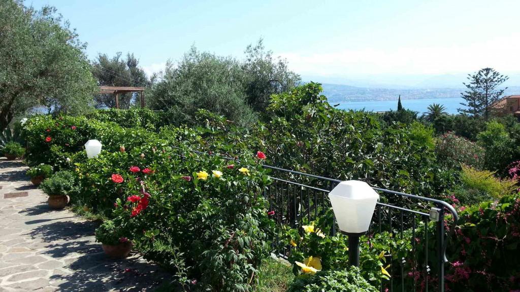 panorama-estrecho-messina-sicilia-villa