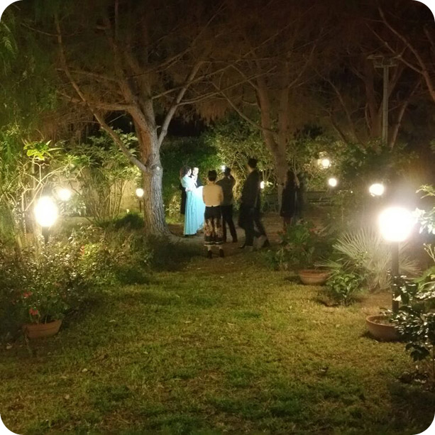 pineta-notte-inbraccio-sposa